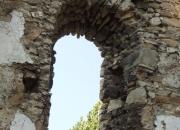 Predný oblúk západného múra - pohľad z interiéru - pred konzerváciou