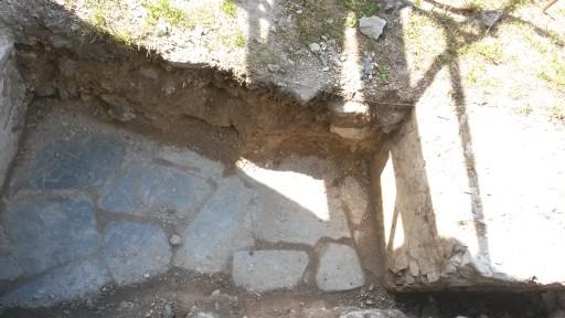 Kamenné dlaždice